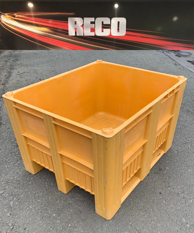 Used Green Plastic Pallet Boxes Complete with 3 Skids