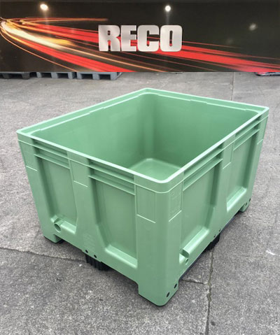 New Plastic Pallet Boxes Green – Rigid Solid Sided Pallet Box